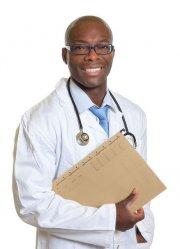 uśmiechniety lekarz